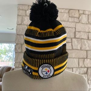 Pittsburgh Steelers Beanie with Removable Pom